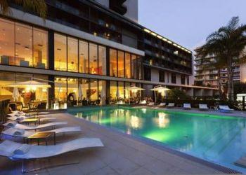 Hotel Les Révoires, 16 Blvd Princesse Charlotte, Novotel