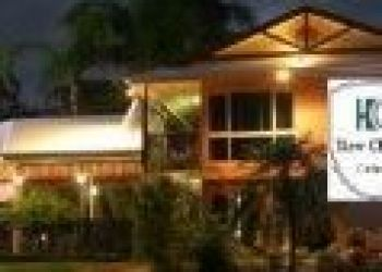 702 Bruce Highway, Cairns, New Chalon Cairns 4*