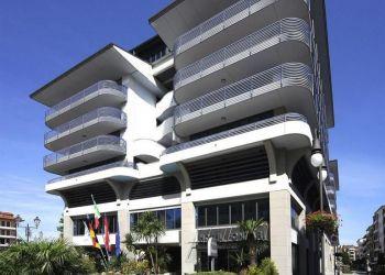 Hotel Grado, Piazza Biagio Marin 6, Hotel Fonzari***