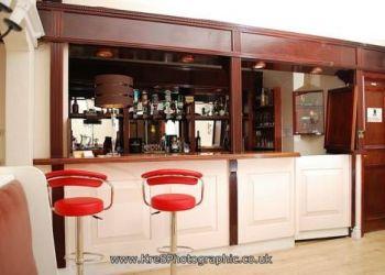 72-76 Bradford Rd, BD18 3DL Shipley, Homeleigh Hotel