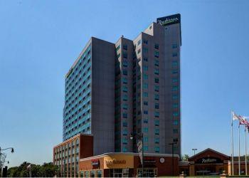 Hotel Niagara Falls, 6733 Fallsview Blvd, Hotel Radisson & Suites Fallsview***