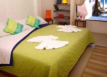 9 de Octubre y Veintimilla, EC200350 Puerto Villamil, El Hotel Casa Isabela