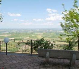 Via Lapini 6, 53024 Montalcino, Hotel Dei Capitani