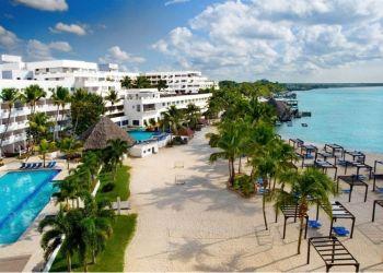 Hotel Boca Chica, Calle Duarte #1-B Esq. Caracol, Hotel Coral Hamaca Beach Hotel & Casino****