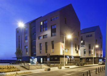 Hotel Dunkerque, Quai Freycinet 1,, Hotel Ibis Dunkerque Centre**