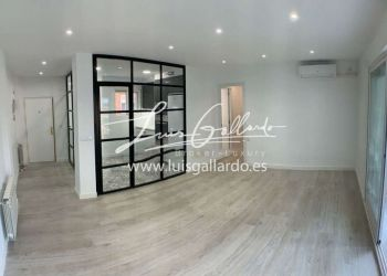 4 bedroom apartment Madrid, 28034, 4 bedroom apartment for rent