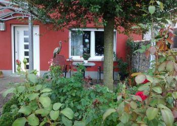 Obere Hauptstrasse 49, 76889 Kapellen-Drusweiler, Ferienhaus Schloss-garten