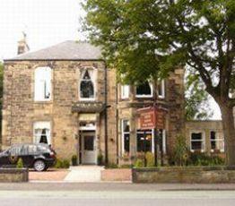 37 Braemar Rd, Ballater, Glenernan Guest House