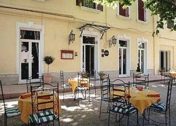 Hotel Saint-Martin-de-Crau, 13, Auberge Des Epis