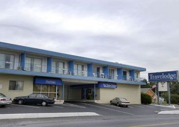 Hotel Lancaster, 2101 Columbia Ave, Hotel Travelodge Amish Country Lancaster, PA*