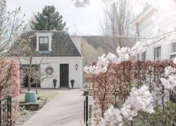 Private accommodation Zwaag, Dorpsstraat 204, Swaegshe Weelde