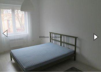 3 bedroom apartment Debrecen, Egytem sugarut, Amina Yahaya: I have a room