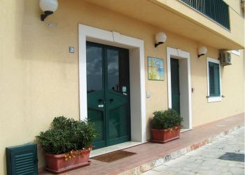 Via Stoccolma 5, 97016 Pozzallo, Bed and Breakfast Costaiblea