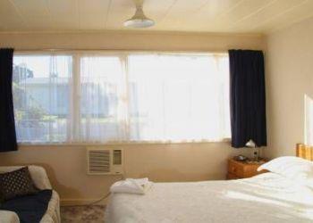 Hotel Wairoa, Corner of Clyde Road & Campbell Street, Three Oaks Motel