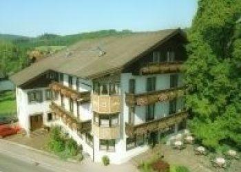 Mondseerstrasse 2, 4880 St. Georgen im Attergau, Grüner Baum