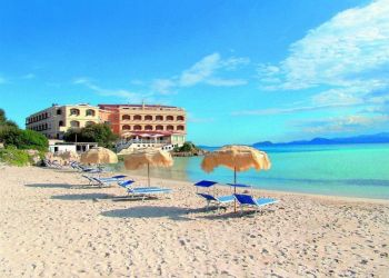 Via Dei Gabbiani, 7020 Golfo Aranci, Hotel Gabbiano Azzurro