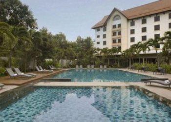 Hotel Cirebon, JL.DR.WAHIDIN NO.32 CIREBON 45122, Hotel Santika Cirebon****