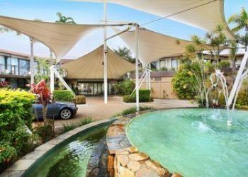 Hotel Port Macquarie, 20 Park St, Rydges Hotel Sails Resort Port Macquarie