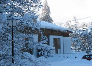 Wohnung Waldhaus, Via Sorts Sut 10a, Apartment Surselva Park