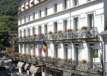 Hotel Bagneres-de-Luchon, 6 Avenue Carnot, Hotel Panoramic****