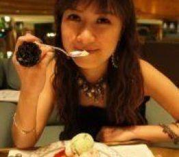 Karen: Looking for a room, Roommate Hong Kong
