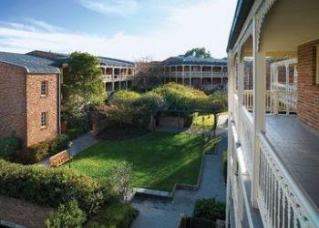 Hotel Majura, 11 Giles Street, Medina Serviced Apartments Canberra
