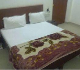 Opposite Shilpgram Bamitha Road, 471606 Khajuraho, Hotel Lotus India