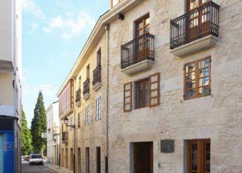 Praza de Santa María  2, 27770 O Valadouro, Hotel Vila do Val