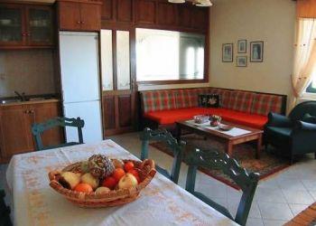 Wohnung Kalývia, Kalivia Pezoulas, Guesthouse Paralimnia