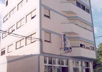 Avda. Viveiro, 7, 27770 O Valadouro, Hostel O Novo