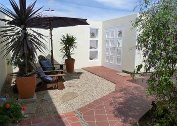 Pension Swakopmund, 23 Windhoekerstr., Bed and Breakfast Meike's Guesthouse**