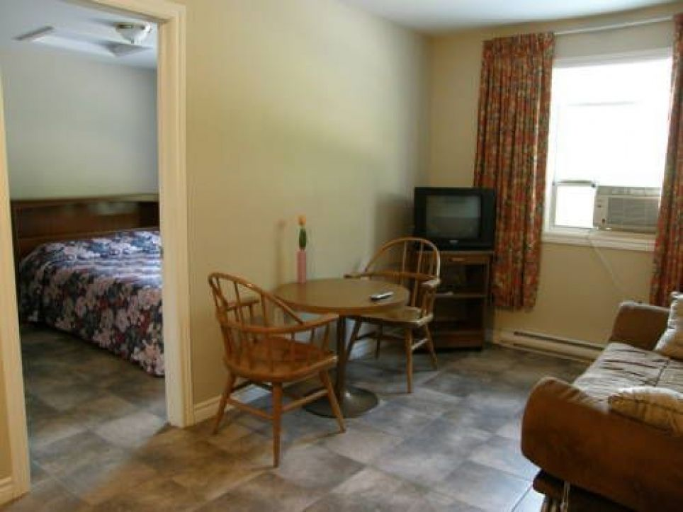 Rothesay Motel, 80 Hampton Road, E2E 2P5 Rothesay