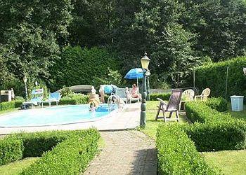 Herestraat 72, 3520 Zonhoven, Bed and Breakfast Casa Roman****