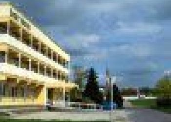 Tiszaliget sétány 22., 5000 Szolnok, Liget Hotel ***