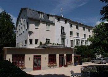 Hotel Bagneres-de-Luchon, 5 Avenue Alexandre Dumas, Hotel Cityblue Corneille***