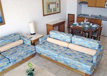 Hotel Izantón, Ave. Paseo las Moras SN, Fracc Nutico Turistico, Ocean Breeze By Sea Garden