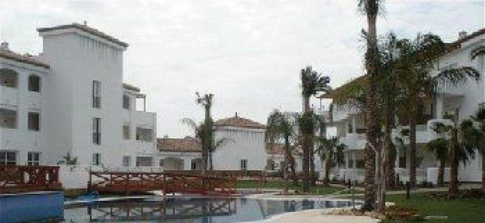 El Marques Resort, Avda de Gran Bretana, Mijas