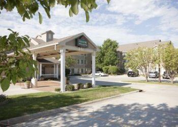 591 W 78th St, Chanhassen, Country Inns and Suites Chanhassen