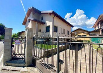 Casa Barzanò, Via monsignor colli, Casa in vendita