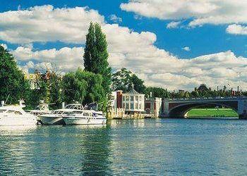 Hotel Kasane, Plot 2239 President Avenue Chobe River, Cresta Mowana Safari Resort & Spa