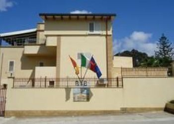 Via Grotta del Toro 84 A, 91025 Marsala, Hotel Villa Mozia