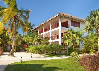 Hotel Negril, 111 Norman Manley Blvd, Hotel Couples Swept Away Negril****