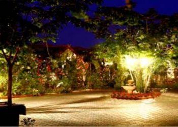 Hotel Saraphi, 167 Moo 3 T. Chaiyasatan A. Sarapee, Baan Puang Petch