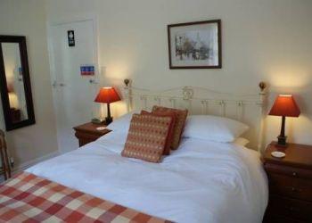 Hotel Lynton, 9 Longmead, Longmead House