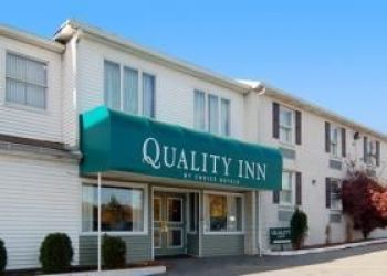 Hotel Greenfield Manor, 2017 BERNVILLE ROAD, READING, 19601, Quality Inn Airport