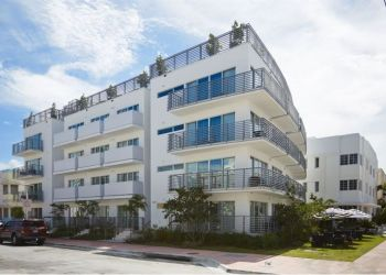 318 20th Street, 33139 Miami Beach, Hotel Riviera South Beach****