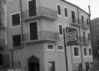 VIA CALTANISSETTA 20 93010, 94015 Piazza Armerina, Alessi Palace 3*