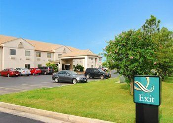Hotel West Memphis, 1009 E Service Rd, Quality Inn Downtown