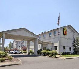 821 Evergreen Road,, 97071 Woodburn, Hotel Super 8 Woodburn, OR**