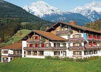 Am Priesterstein 7, 83471 Berchtesgaden, Hotel Alpenhotel Denninglehen****